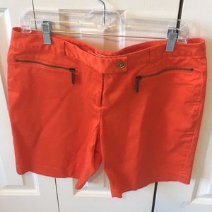 MICHAEL Michael Kors Sz 10 shorts zip pockets